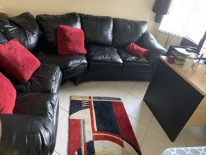 FREE BLACK SECTIONAL (PICKUP ASAP) for Sale in Miramar, FL