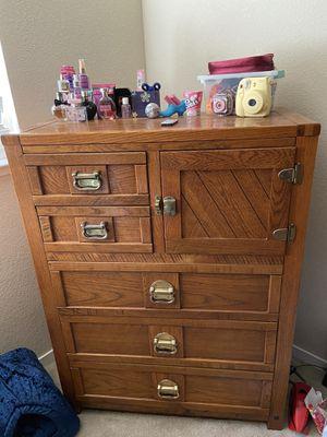Wood desk, dresser, and bunk beds. for Sale in Manteca, CA