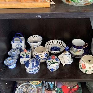 Holland Porcelain Decor for Sale in Goodyear, AZ