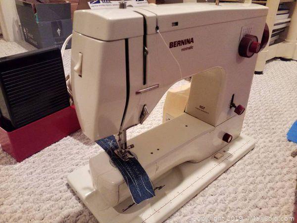 Bernina sewing machine 807