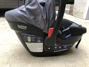 Britax B-Safe Elite-35 Car Seat w/ 2 bases for Sale in Arlington Heights, IL
