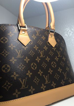 Louis Vuitton alma monogram bag for Sale in Denver, CO