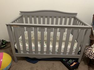 Baby crib for Sale in Heartland, TX
