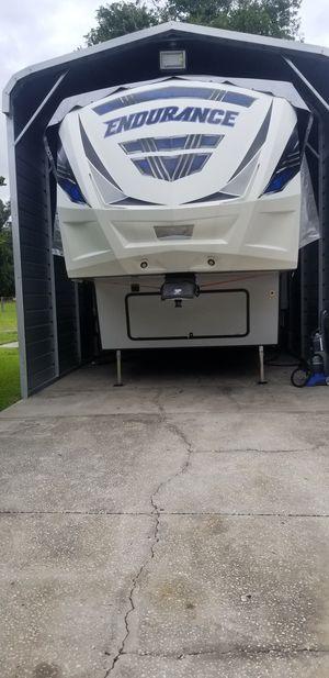 2018 Endurance 39ft Camper/ Toy Hauler for Sale in Lakeland, FL