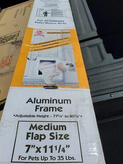 Patio Pet Door For Sliding Doors (New) $50 firm price for Sale in Tempe,  AZ
