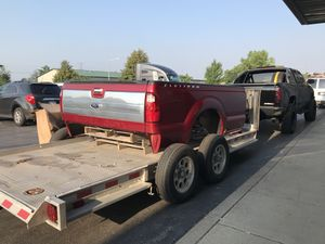 F250 F350 Tailgate And Tailgate Step. ( only gate) for Sale in Chicago, IL