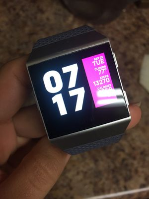 Fitbit Ionic for Sale in UNIVERSITY PA, MD