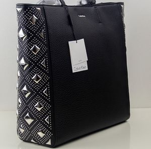 Calvin Klein Black Tote for Sale in Los Angeles, CA