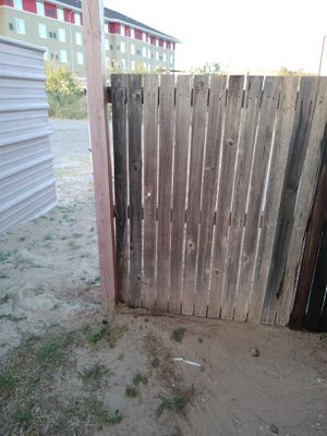 Restaining and Fence Repair for Sale in Monahans, TX