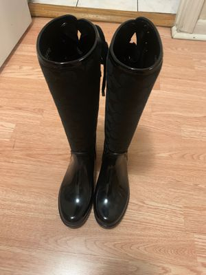 🤩COACH RAÍN BOOTS 🤩 size 5 original only worn two times practically new!!! for Sale in Des Plaines, IL
