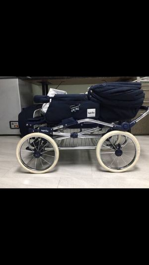 Classy baby stroller by Inglisina for Sale in Queens, NY
