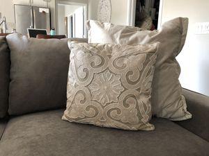 Throw pillows! for Sale in Scottsdale, AZ