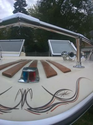Boat 1978 century i o great shape must sell trailer included plus boating gear for Sale in Lombard, IL