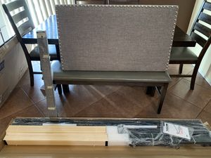 Plataform bed frame and headboard for Sale in Calexico, CA