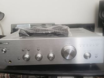 Pioneer A-30 Integrated Amplifier for Sale in Aliso Viejo,  CA