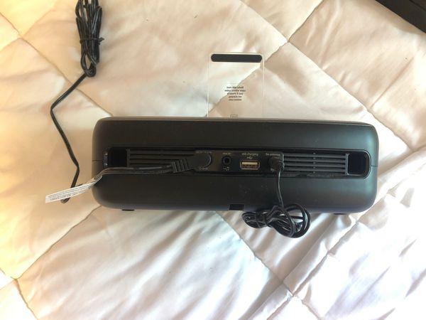 iHome speaker and phone dock