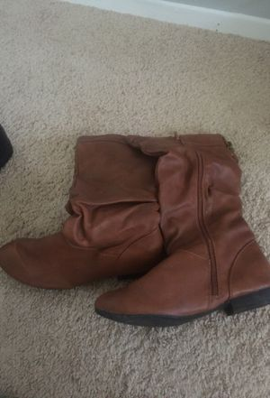 Brown boots for Sale in Oxon Hill, MD