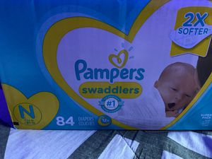 Pampers 84ct for Sale in Irving, TX