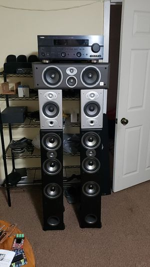 Polk audio, set of speakers with jbl center and yamaha receiver for Sale in Chicago, IL