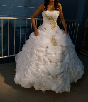 Wedding white dress or prom o 15 for Sale in La Vergne, TN