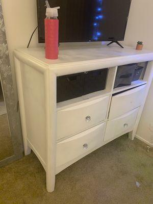White Dresser for Sale in Hayward, CA