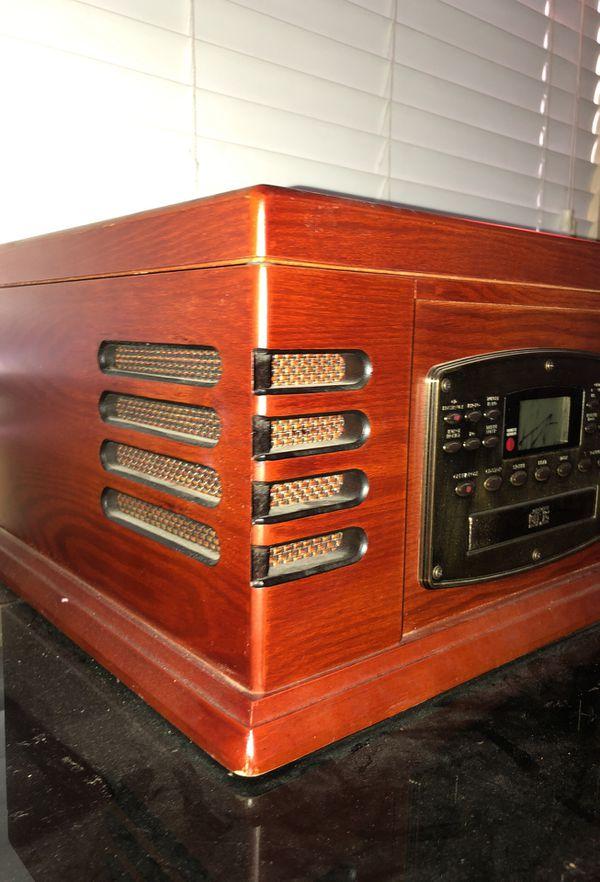 Record player/radio/cd player
