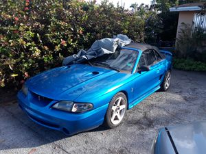 Mustang for Sale in Olympia Heights, FL