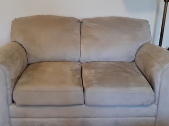 Beige Microfiber Loveseat in GREAT CONDITION for Sale in Parsippany-Troy Hills,  NJ