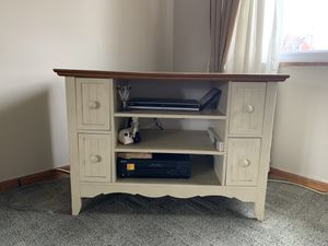 TV stand with wood top for Sale in Dearborn, MI