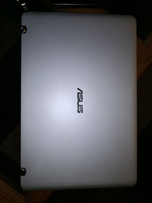 Asus Q504U 15.6 Touch-Screen Laptop