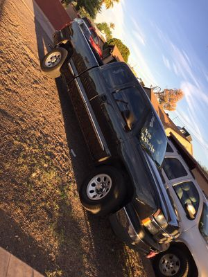 2005 Chevrolet Silverado for Sale in Phoenix, AZ