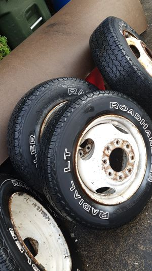 Sears Roadhandler Radial LT 8.00r16.5 trailer wheel and tires set of 4 for Sale in Kent, WA
