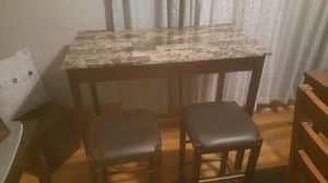 Pub Style Table With Stools for Sale in Aurora, IL