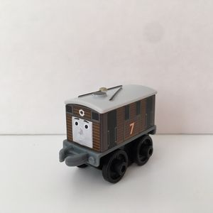 2016/4 Edition Thomas & Friends MINIS Blind Bag - Classic Toby for Sale in Round Rock, TX