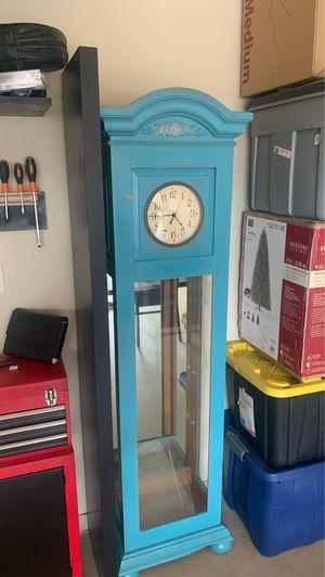 Antique clock for Sale in Alpharetta, GA