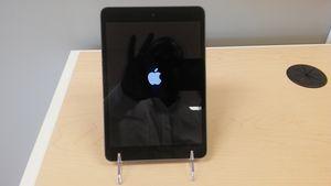 Apple iPad Mini 2 for Sale in Tampa, FL