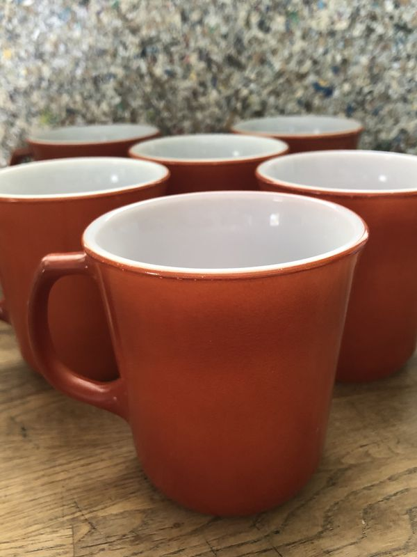 Unique set of six burnt orange D handle vintage mugs two Pyrex two Corelle two Corning identical! Cool set!