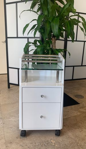 Manicure table 2 for Sale in South Miami, FL
