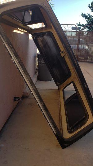 Pickup camper for Sale in Lynwood, CA