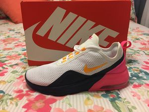 New Authentic Women's Nike Air Max Size 8.5 for Sale in Lakewood, CA