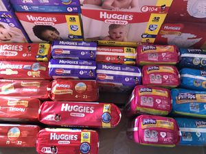 Diapers, wipes, pull-ups, detergent, shampoo conditioner and more for Sale in Lehigh Acres, FL