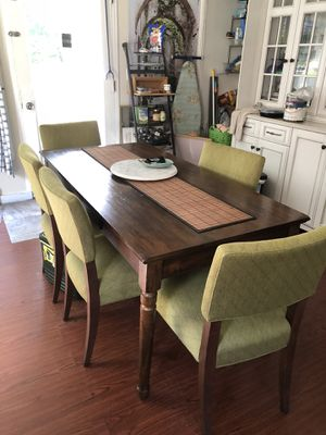 Crate and barrel dining/ kitchen table high quality and solid will last for years 6 Chair's , selling due to move with need for smaller set for Sale in Hanson, MA