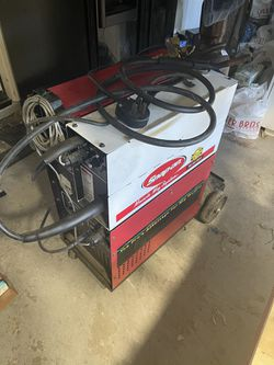Snap On Mm250sl 240 Volt Welder Mint Condition W / Tig Attachment Argon And Mig Gas   Comes With Two Bottles  for Sale in Corona, CA