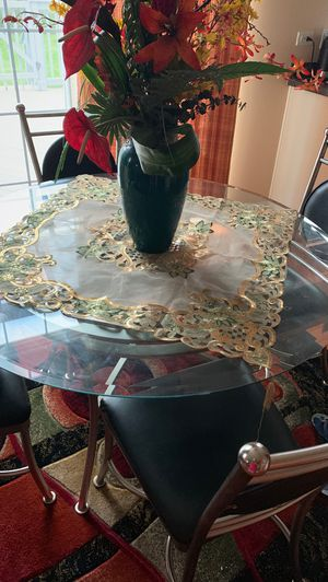 Table for Sale in Bolingbrook, IL