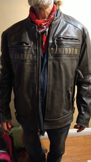 Harley Davidson triple ventilated leather jacket for Sale in Costa Mesa, CA