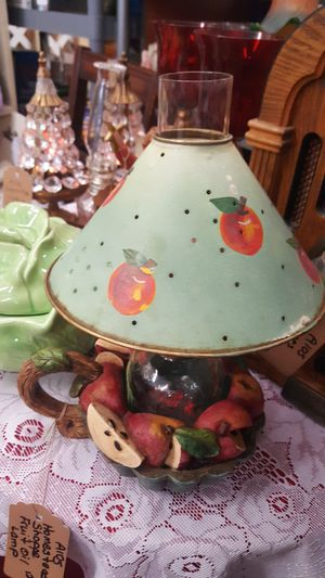 Homestead Shoppe Fruit Theme Oil Lamp for Sale in Columbia, TN