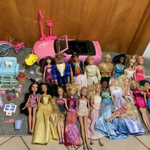 Bundle- Girls Barbies With Accessories And Car for Sale in Boring, OR