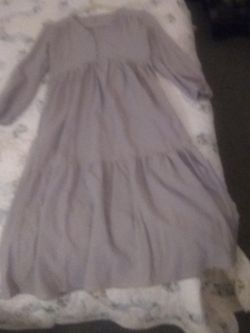 Size Small Grey Simpleton Dress for Sale in Peoria,  IL