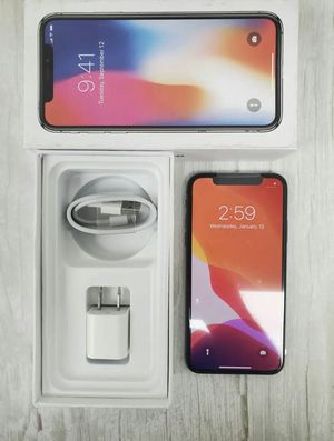 IPhone X 64 GB *Unlocked* for Sale in St. Louis, MO
