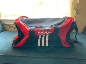 Adidas Athletic Duffle Bag for Sale in Duncanville, TX